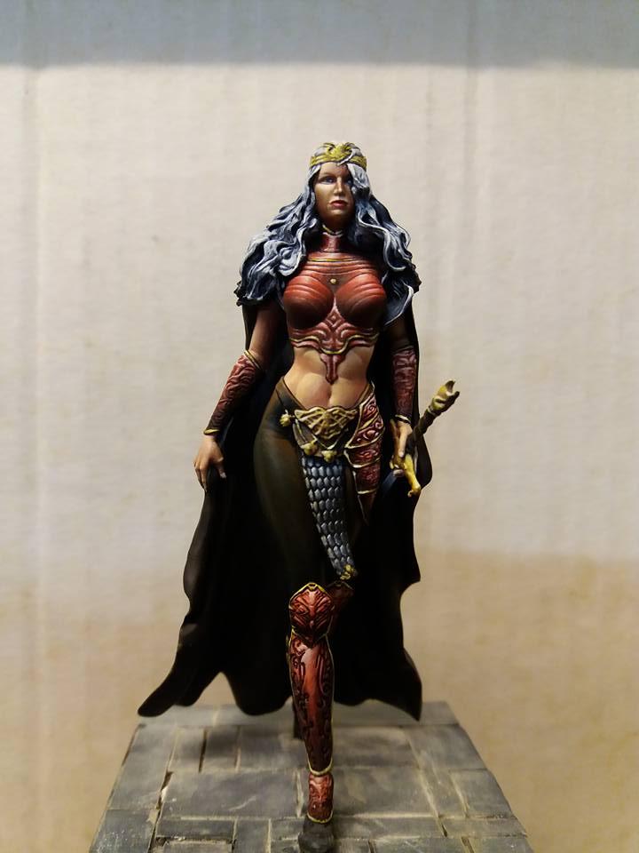 Queen Crystal Draconia  26731510