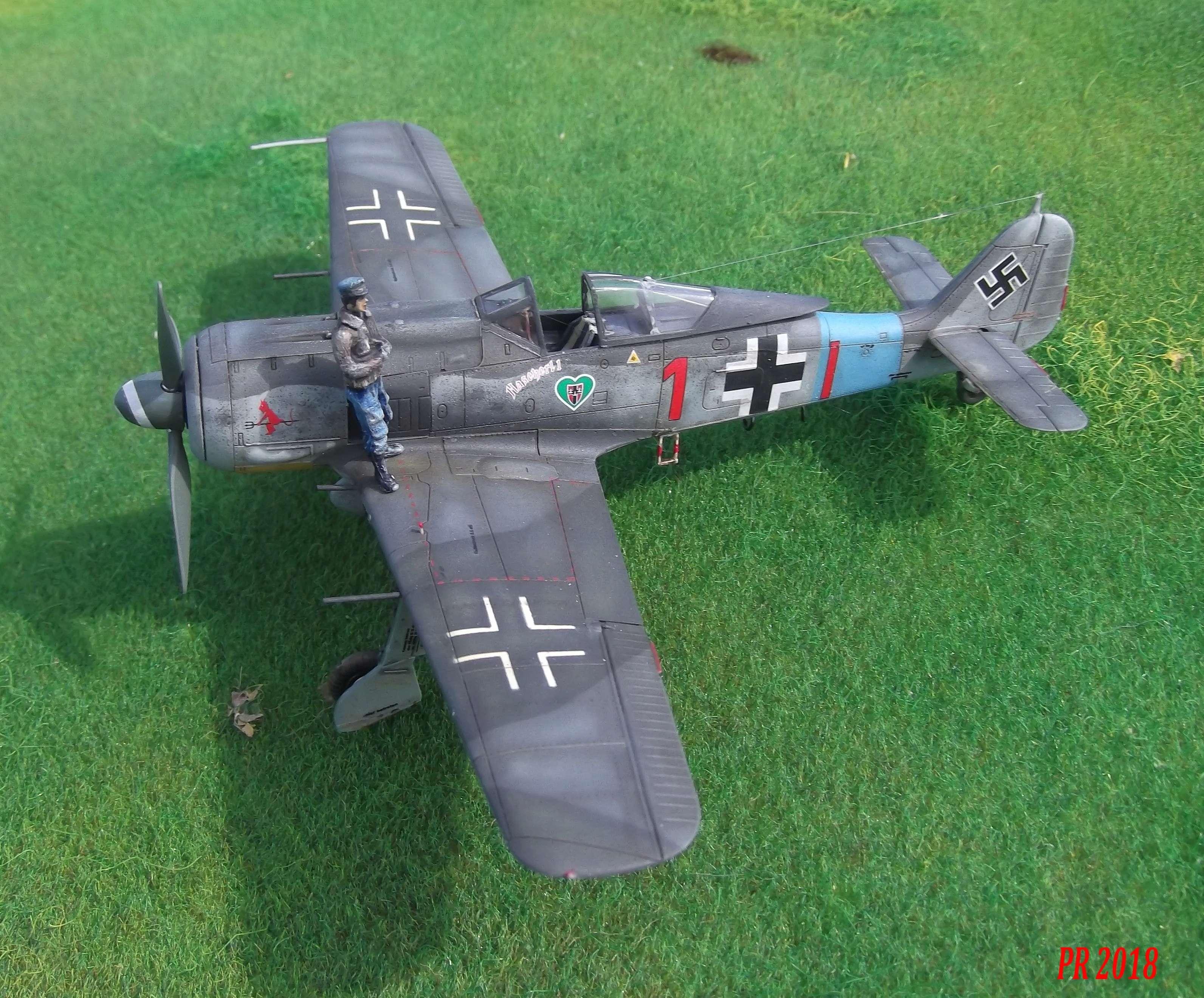 FW190 A8 maquette Eduard 1/72 Aa0210