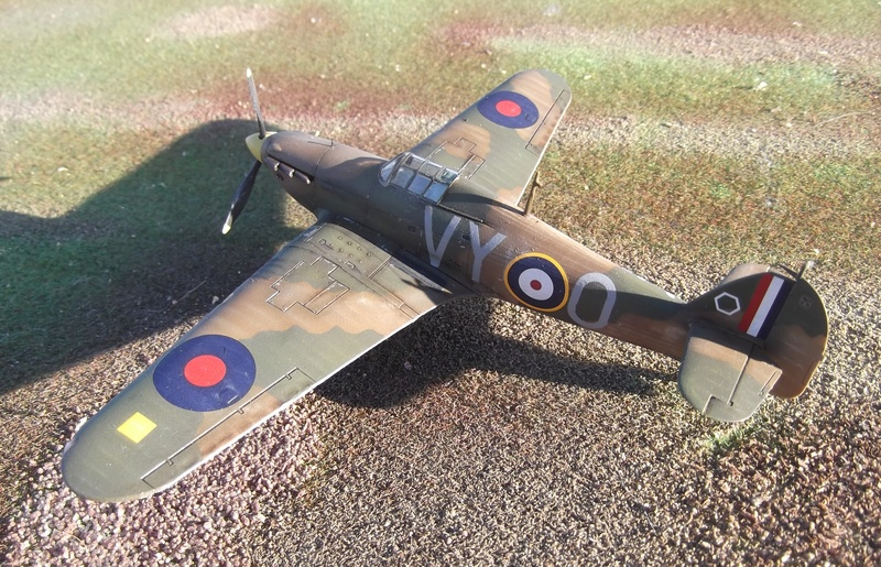 Airfix 1/72 Hurricane mkI Gh2aaa10