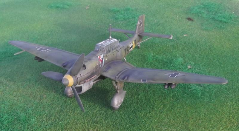 Junkers ju 87 B de chez Zvezda Stu_0410