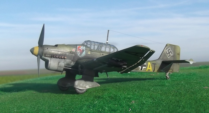 Junkers ju 87 B de chez Zvezda Stu_0510