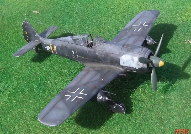 Fw 190 A4 u8 de Zvezda  U8_00510