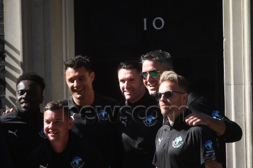[Fotos] Soccer Aid week! Dfemg410