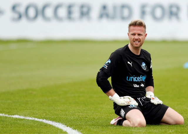 [Fotos] Soccer Aid week! Dfgnb-10