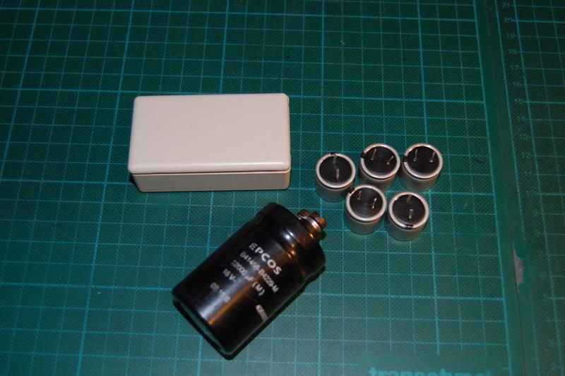 Réalisation du condensateur 22000uF pour power dynamo Dsc_0010