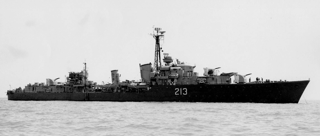 ROYAL CANADIAN NAVY - LES DESTROYERS 213_no10