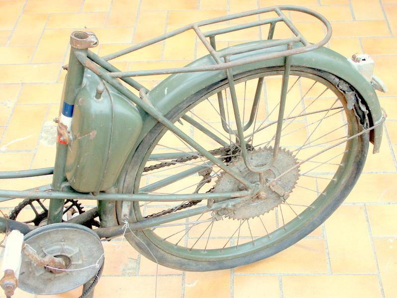 Cocymo LT12 1956 modèle armée française Pict0422