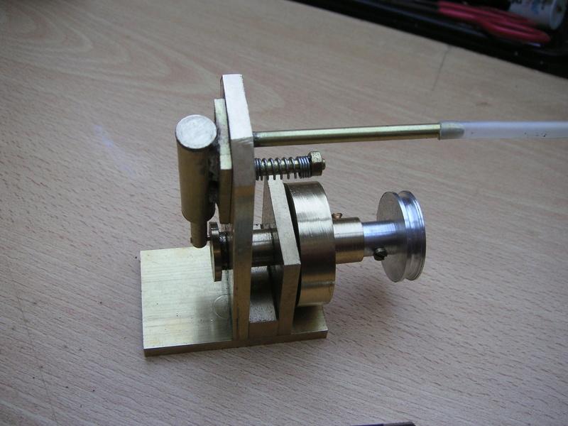 Moteur à air comprimé (monocylindre à piston oscillant) imprimé 3D 00410