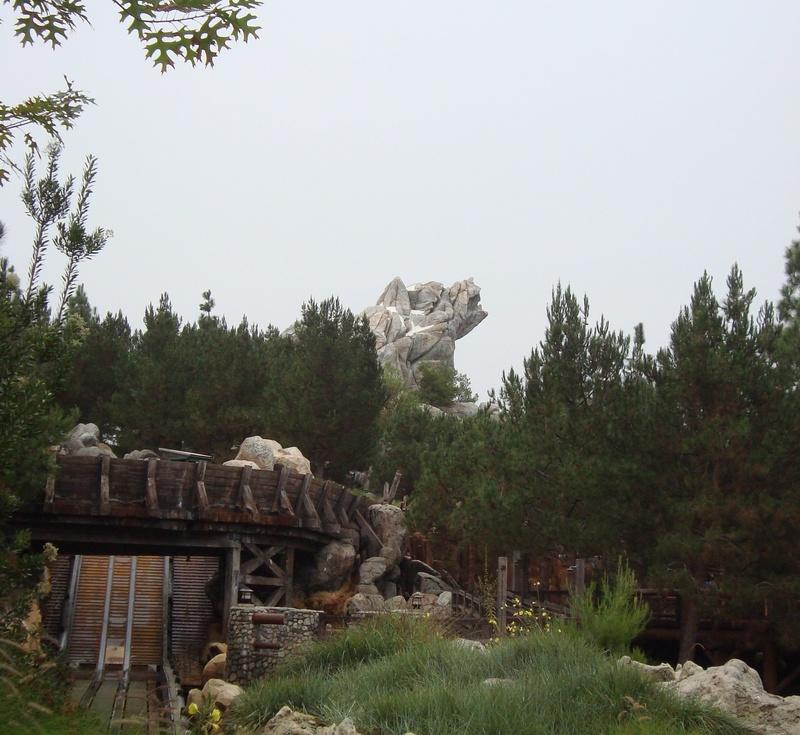 [Disneyland Resort] 17 au 19 octobre 2010 + l'Ouest américain Dsc09010