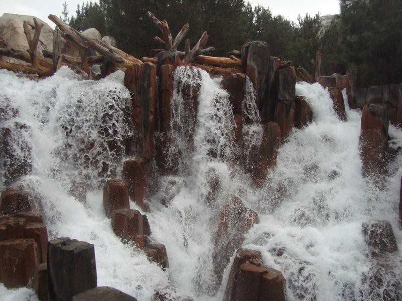 [Disneyland Resort] 17 au 19 octobre 2010 + l'Ouest américain - Page 2 Dsc09017