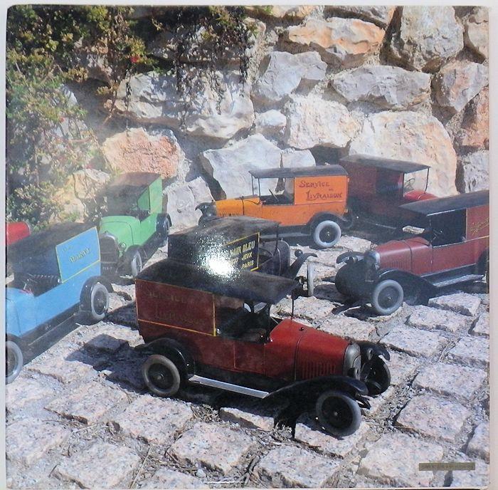 Livres sur les Jouets Citroën 1-211