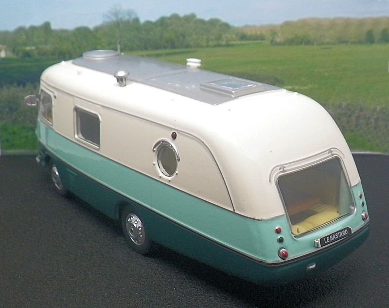 Camping-Car HY Le Bastard 3-arg10