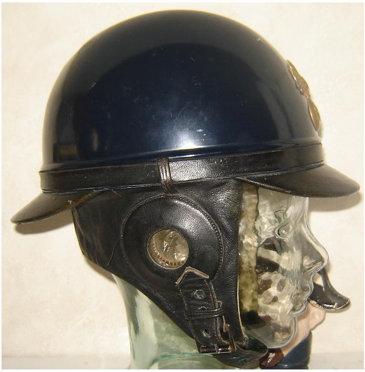 casque de motard de la garde du Maréchal Pétain - Page 2 Mle_1910