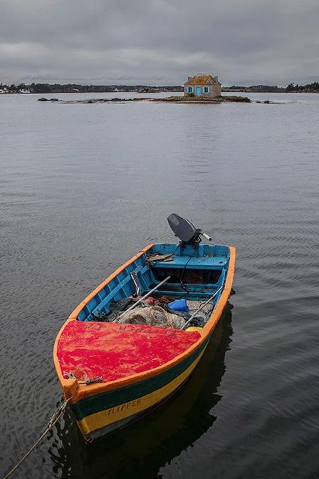 Le bateau perroquet  et la maison aux volets bleus ... Img_4310