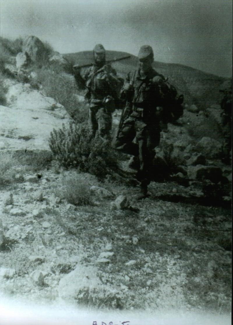 Photos souvenir  de l'Algérie en guerre 55/58 - Page 2 Alg-ri13