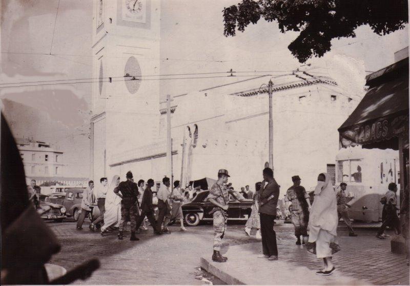 Photos souvenir  de l'Algérie en guerre 55/58 - Page 2 Alger_14