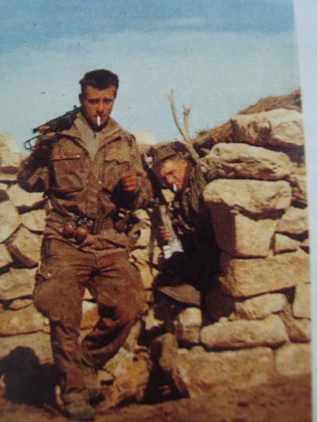 Photos souvenir  de l'Algérie en guerre 55/58 - Page 2 Photos17