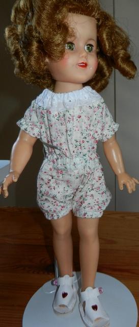Ideal Toys : Shirley (composition et vinyle) - Mise à jour : 08/08/18 - Page 2 Dscn0516