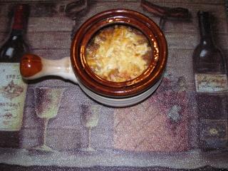 Soupe à l'oignon gratiné  Soupe_11