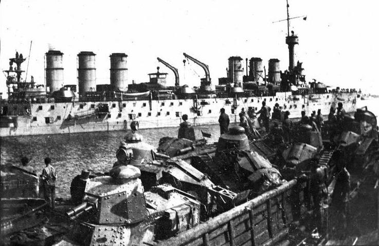 Croiseurs français  - Page 6 1918_o10