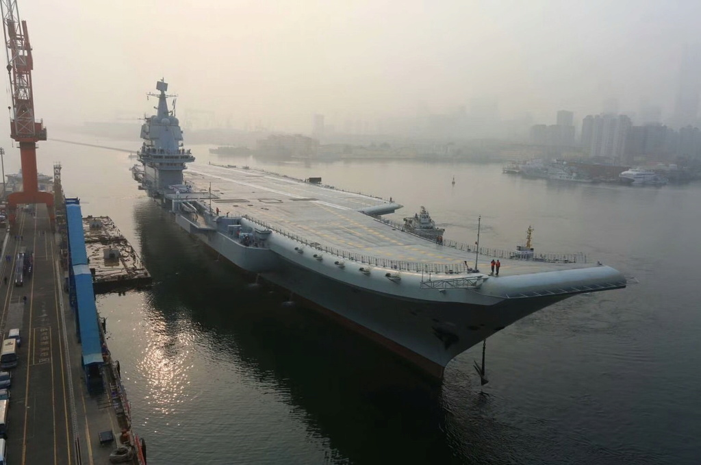 Porte-avions chinois - Page 2 Cv17_110