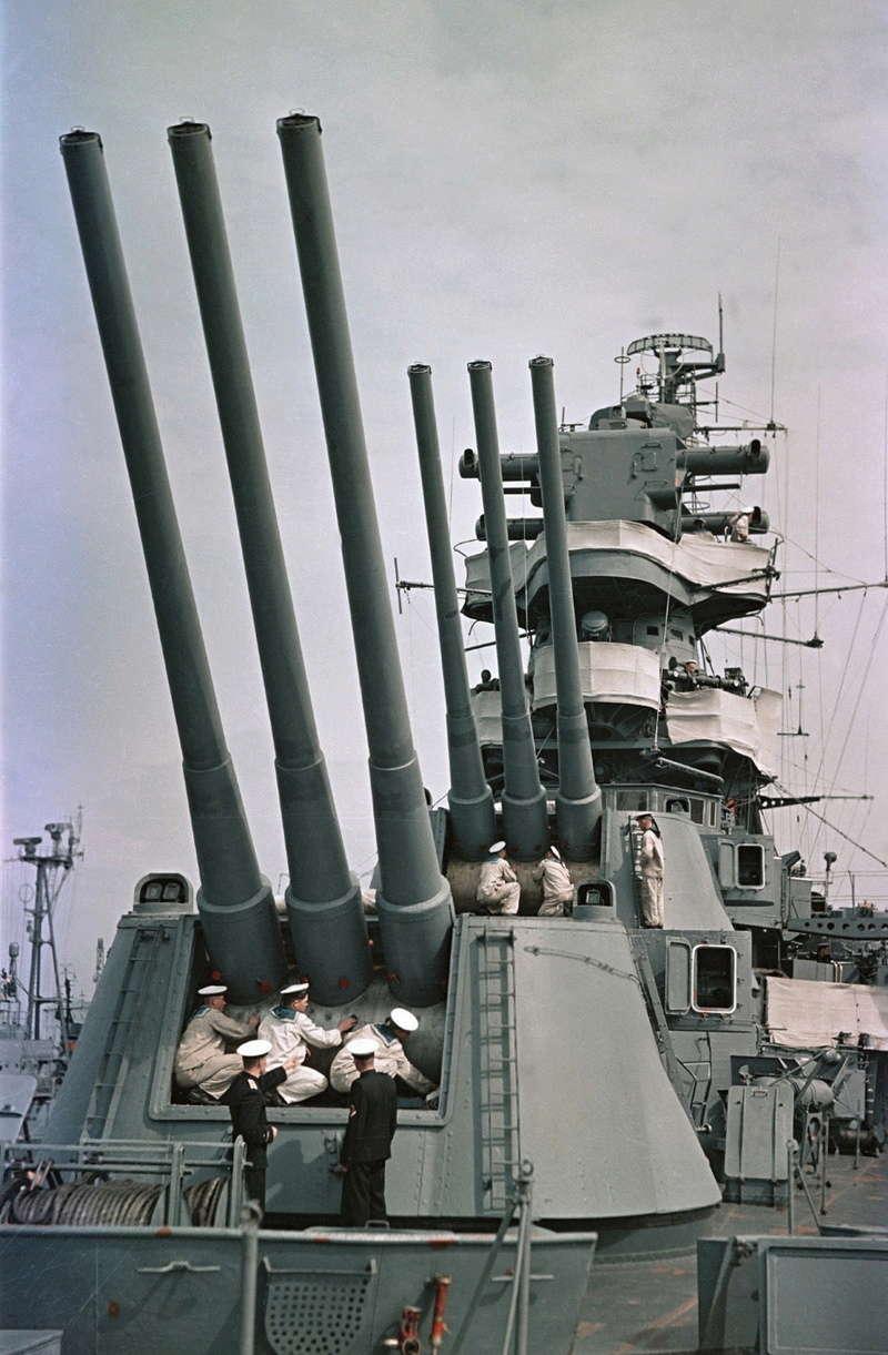 Croiseurs russes/soviètiques  - Page 2 Kalini10