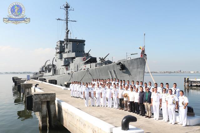 Marine des Philippines - Page 7 Rajahh13