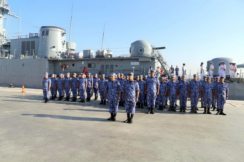 Marine Egyptienne - Page 2 Shabab10