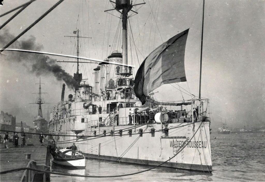 Croiseurs français  - Page 6 Waldec10