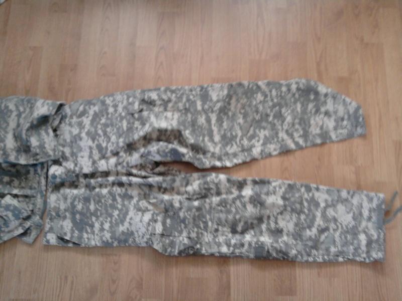 tenue complete + gilet tactique acu digitale gris  Photo012