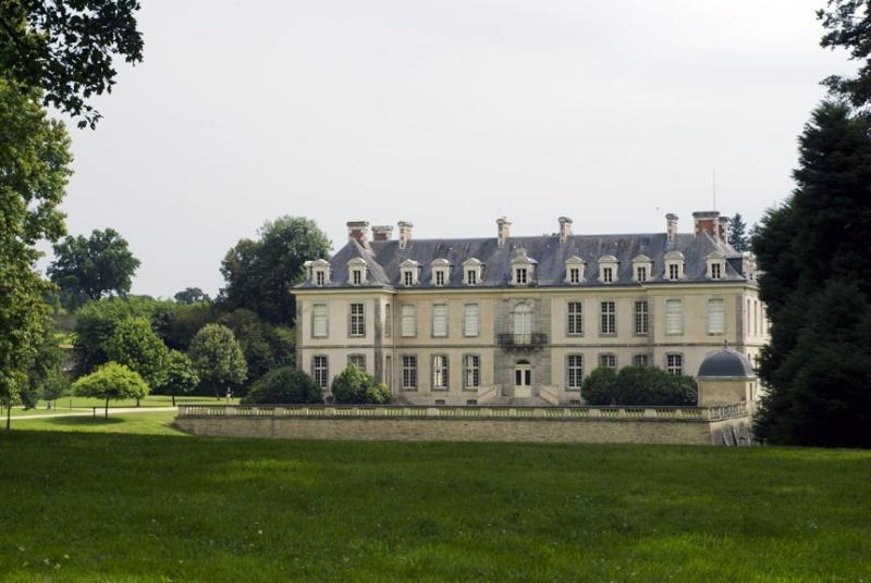 """La crise ...le château de Kerguehennec,  Morbihan 47°53'7.80""""N 2°44'3.99""""W [Défi trouvé] - Page 3 16060210"""