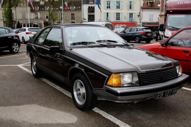 Renault FUEGO Turbo Export de 1982 Fuego_10