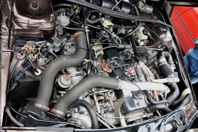 Renault FUEGO Turbo Export de 1982 Fuego_12