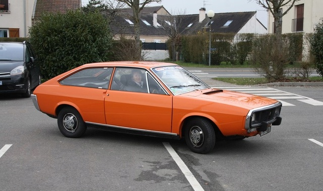 Renault R17 Img_4710