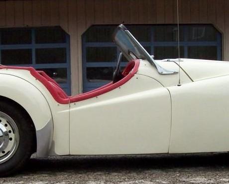 Triumph TR2 de 1954, sortie de grange...  Tr2_d_10