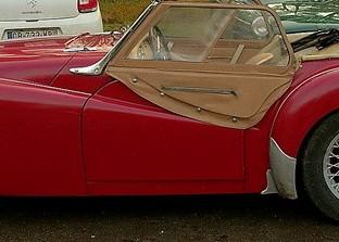 Triumph TR2 de 1954, sortie de grange...  Tr2_jo11