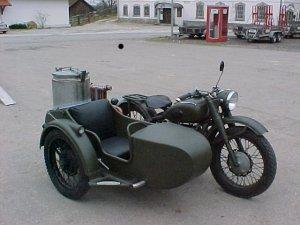 Le GAZOGENE et la voiture des français de 39 à 45 - Page 2 Ural_g10