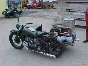 Le GAZOGENE et la voiture des français de 39 à 45 - Page 2 Ural_g12