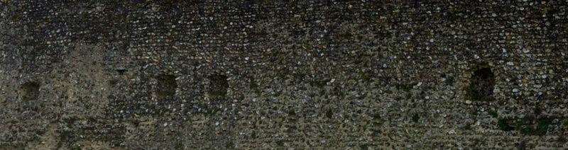 Le fantôme d'un moine photographié dans un château 111110