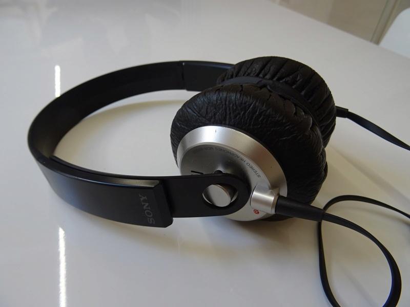 ***Ribasso x intero lotto*** Vendo cuffie - anche in blocco Sony, AKG, Musical Fidelity ecc. (PU) Dsc00811