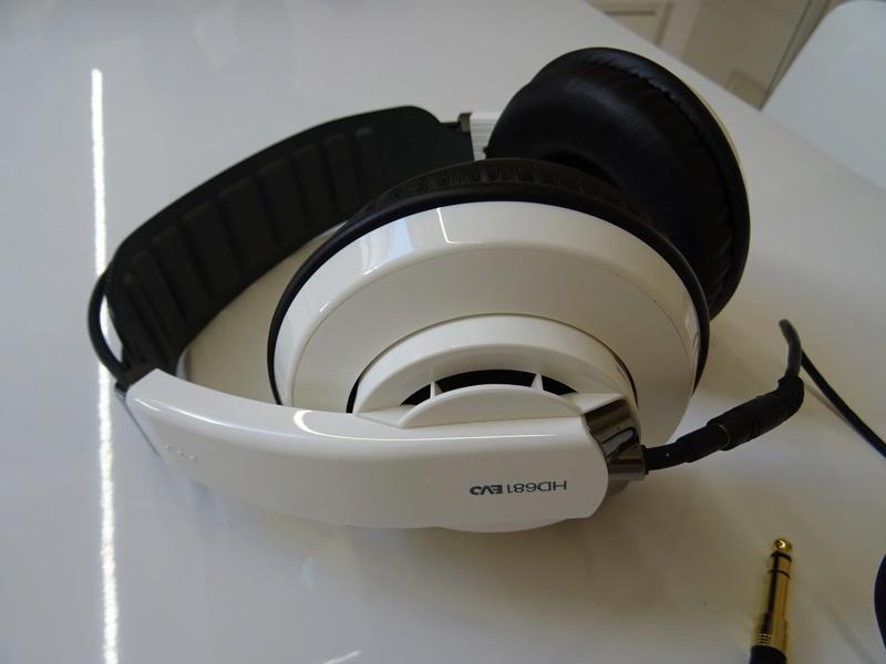 ***Ribasso x intero lotto*** Vendo cuffie - anche in blocco Sony, AKG, Musical Fidelity ecc. (PU) Dsc00812