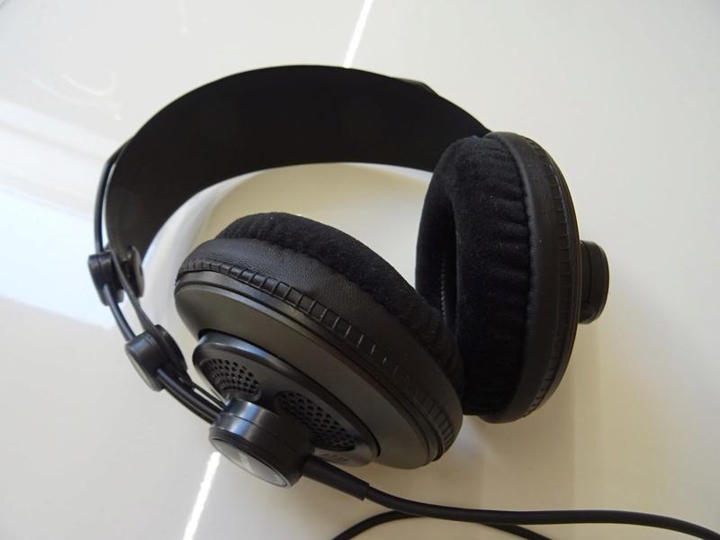 ***Ribasso x intero lotto*** Vendo cuffie - anche in blocco Sony, AKG, Musical Fidelity ecc. (PU) Dsc00815
