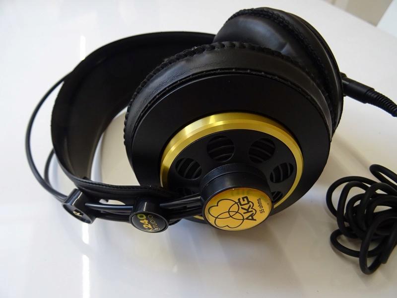 ***Ribasso x intero lotto*** Vendo cuffie - anche in blocco Sony, AKG, Musical Fidelity ecc. (PU) Dsc00818