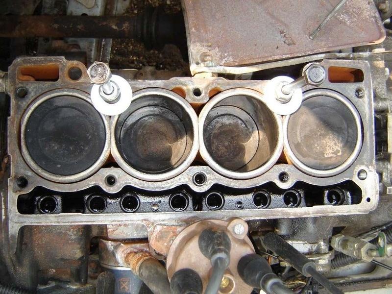 Ma Volvo 66 1.1 DL et les questions qui vont avec...  Piston10