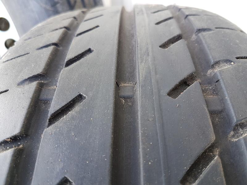 Vente 4 pneus T6 P410
