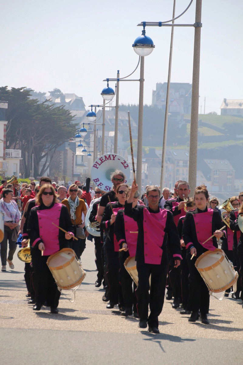 Festival de Bretagne des fanfares le 06 mai 2018 à Pléneuf Val André (22) Img_7511