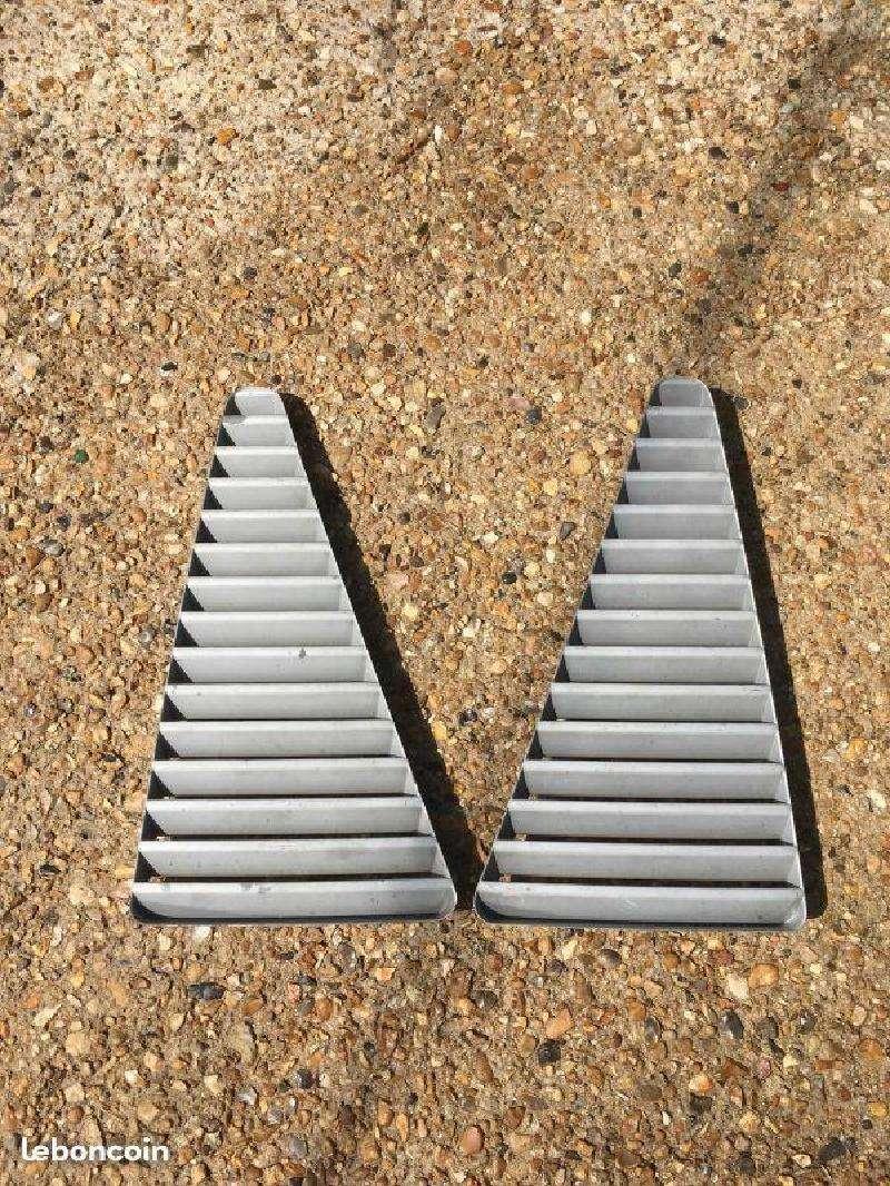 Vente de pièces détachées exclusivement de R15 R17 - Page 2 933bca10