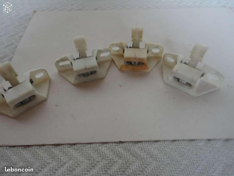 Vente de pièces détachées exclusivement de R15 R17 - Page 2 Af97b811