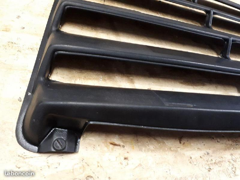 Vente de pièces détachées exclusivement de R15 R17 - Page 40 Cdb22710