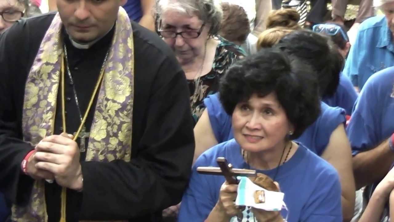 Dory Tan sera de passage à Montréal le 16 juin prochain pour y recevoir une Apparition de Marie ! Dory-t10